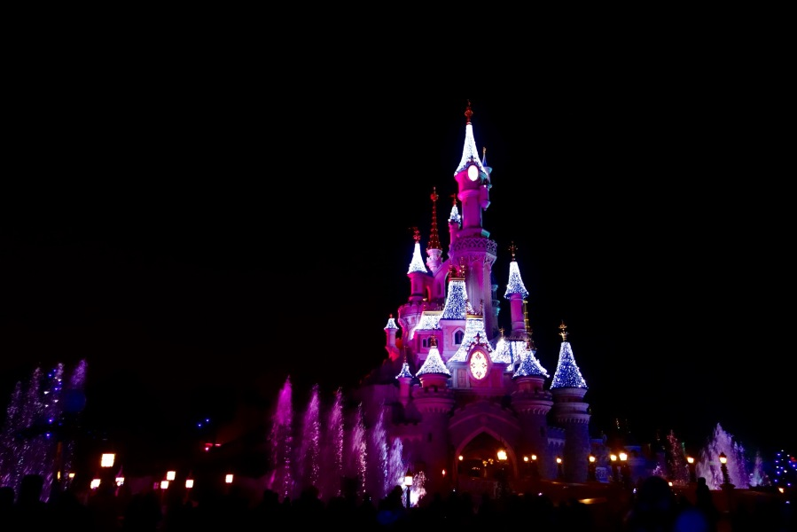 disneyland-paris-christmas-fountains-silvester