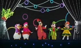 weihnachten-disneyland-paris-goofys-incredible-christmas-3